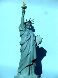 木彫 自由の女神